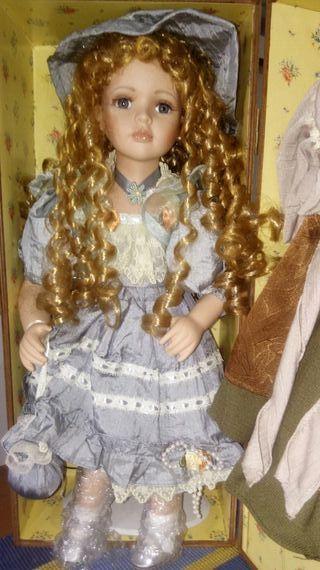 Muñeca de porcelana Antigüa