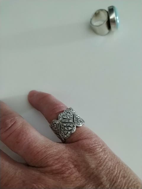 anillo plata y brillantes