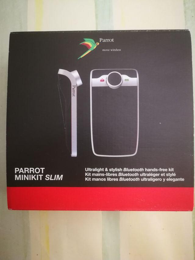 Bluetooth parrot slim