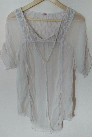 Blusa blanca verano