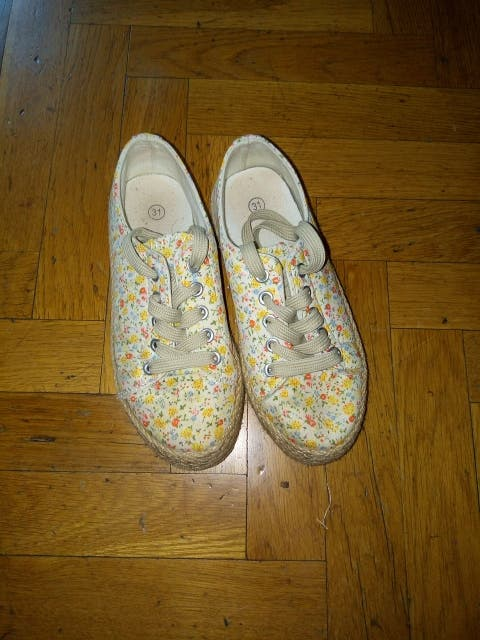 Zapatillas tela niña