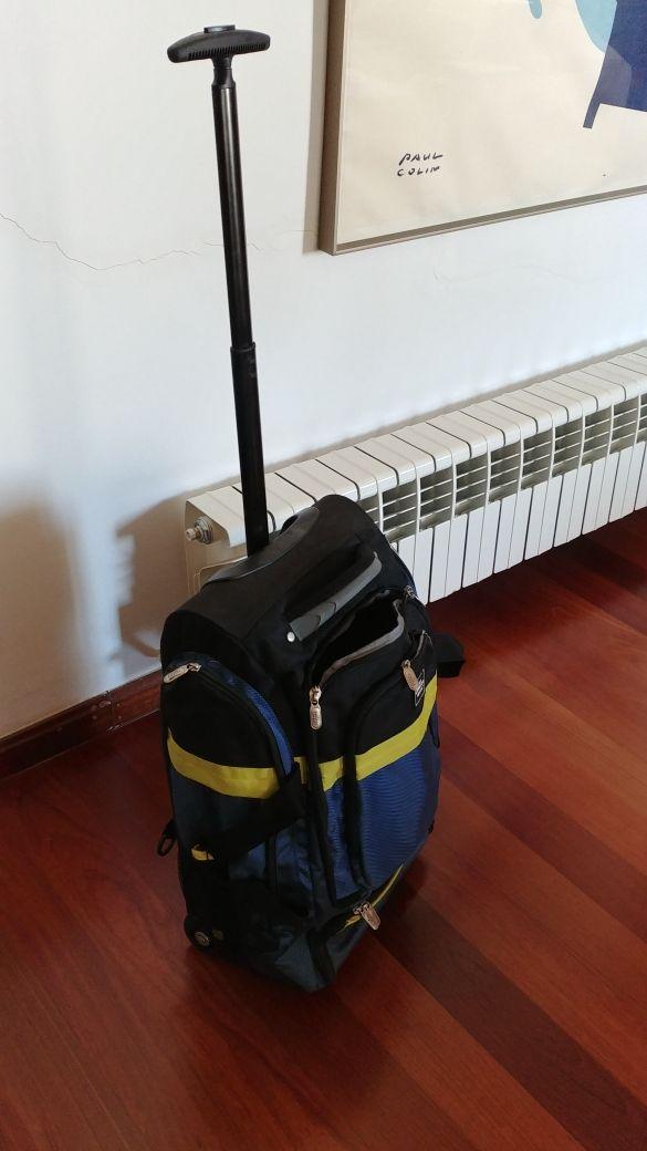 mochila maleta maletín