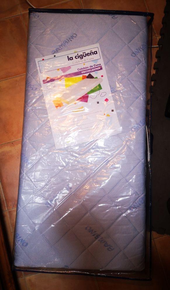 MICUNA Copito blanco. Cuna bebé seminuevo 120x60cm