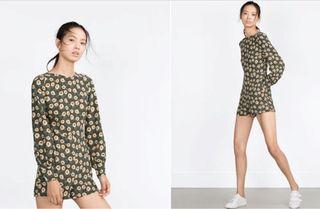 Mono Zara flores