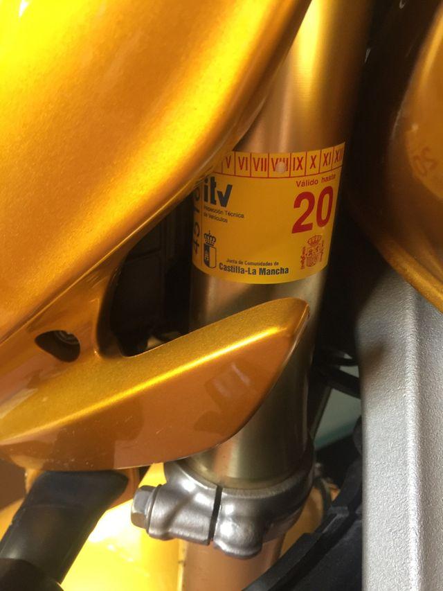 Honda cbf600 hornet.