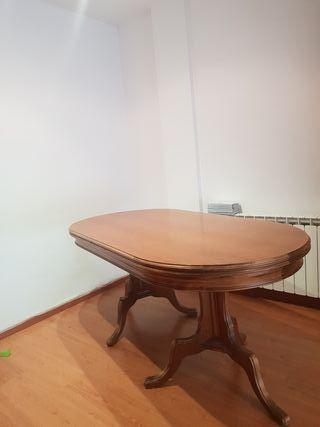 mesa de madera maciza 20 € es grande para 6