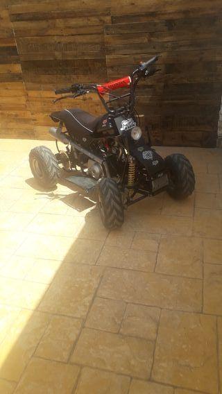 Quad semiautomatico de 110 cc con 4 velocidades