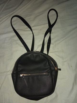 Bolso Negro