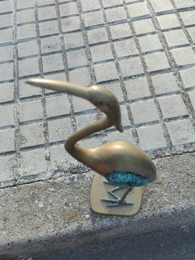 pajaro de bronze