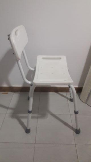 Silla banqueta adaptable ducha baño ortopédica