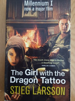 "libro ingles ""The girl with the dragon tatoo"""