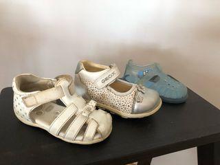 Tres zapatos niña talla 20