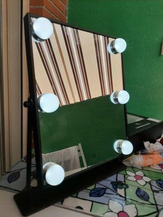 espejo grande con luces profesional