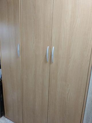 armario de muy buena calidad
