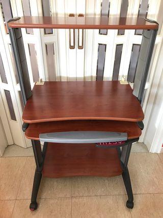 Mesa compacta para ordenador