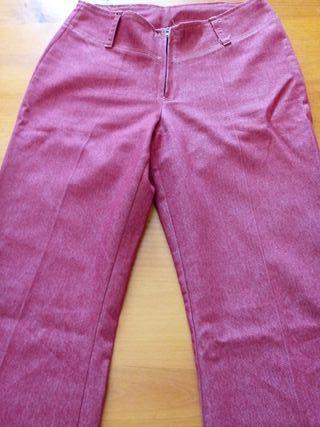 Pantalón granatoso