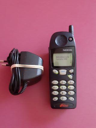 telefono movil antiguo nokia 5110