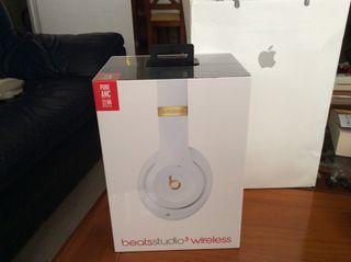 Auriculares Apple. Beats Studio3 apple