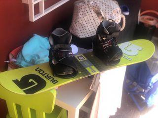 Tabla snow burton niño con botas y fijaciones