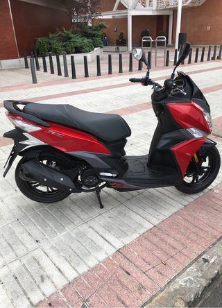 MOTO SCOOTER SYM JET 14 125cc (SOLO 3000 KM)