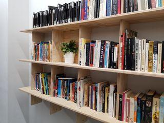 Librería/Estanterías cruzadas madera natural