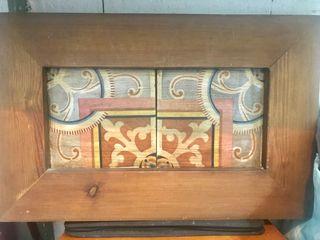 Azulejos hidráulicos muy antiguos enmarcados