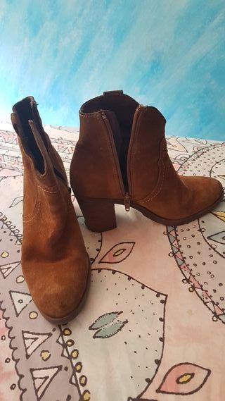 bonitos zapatos de tacón