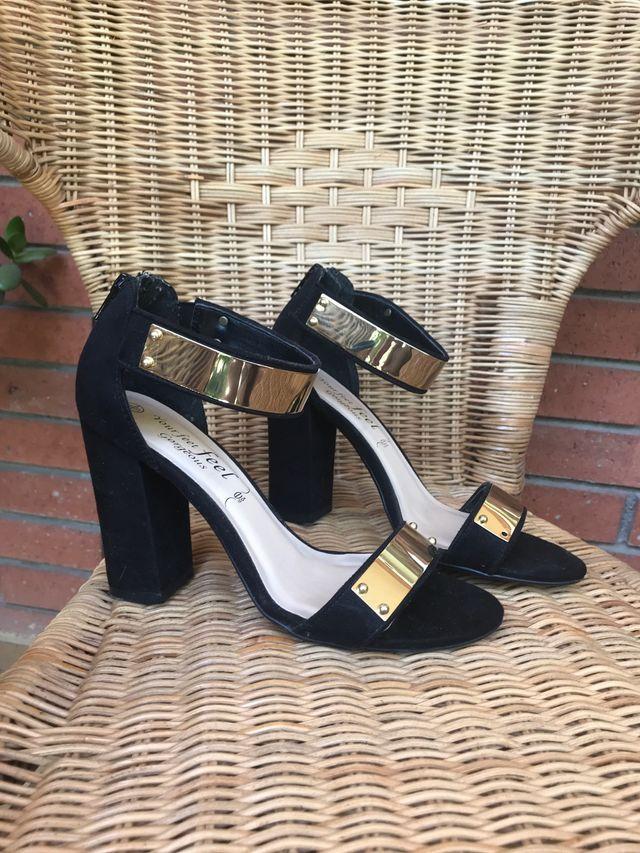 Zapatos de tacón fiesta