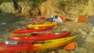 Kayak Canoa Rigido Tandem de tres plazas.