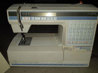 Maquina de coser Husqvarna 1070.