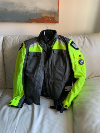 a762ae7c Chaqueta para moto para mujer de segunda mano en Madrid en WALLAPOP