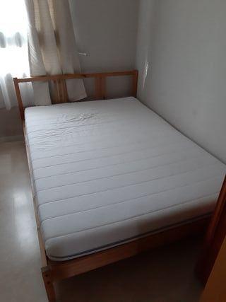 Estructura de cama con colchon
