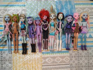 Lote muñecas monster high 11