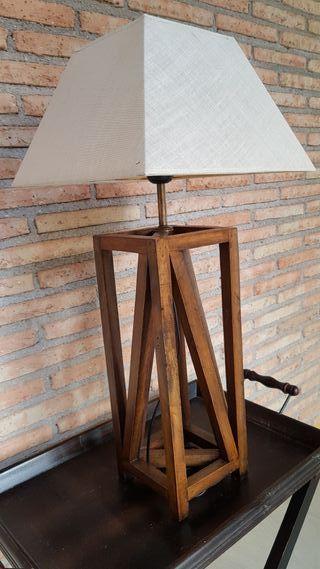 Segunda La Lámpara En Jaén Pantallas Mano De Pie Provincia zpqSMVGU