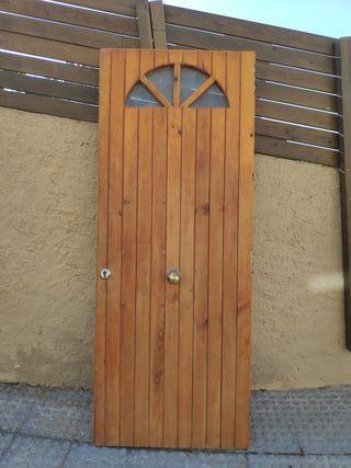 Puertas De Madera Exteriores De Segunda Mano En La Provincia De