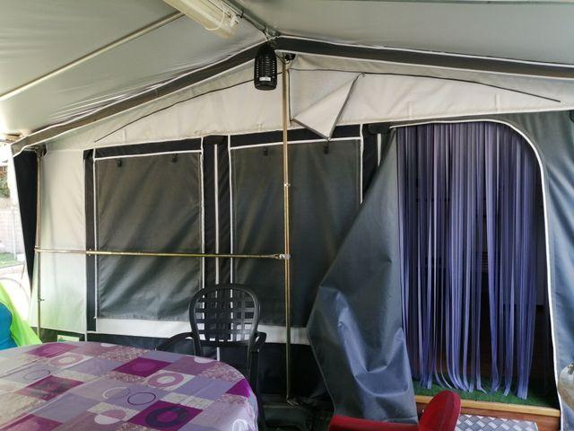 se vende caravana 7 plazas en camping de malgrat