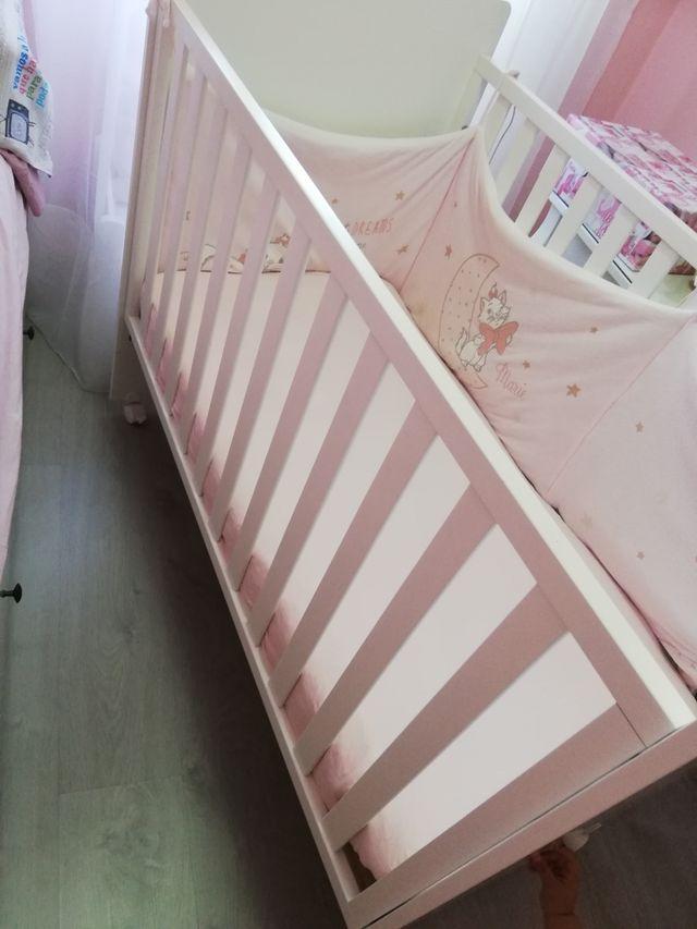 Cuna bebé y accesorios ¡¡URGE!!