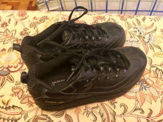 Zapatillas marca Skechers