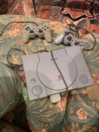 PS1 + 2 mandos