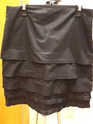 ac7145228 Falda negra plisada de segunda mano en la provincia de Barcelona en ...