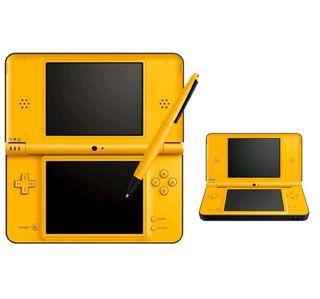 Nintendo DS XL amarilla