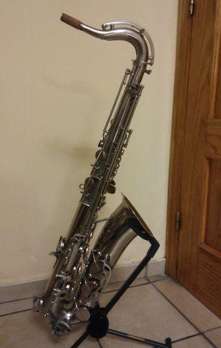 Saxo tenor Amati Classic de Luxe