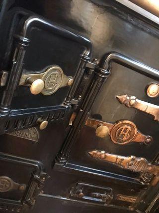 Cocina calefactora con horno hierro fundido