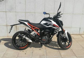 KTM Duke 125 cc