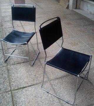 Lote de sillas de acero diseño