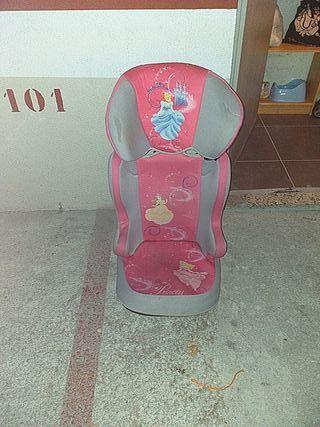silla con respaldo para coche
