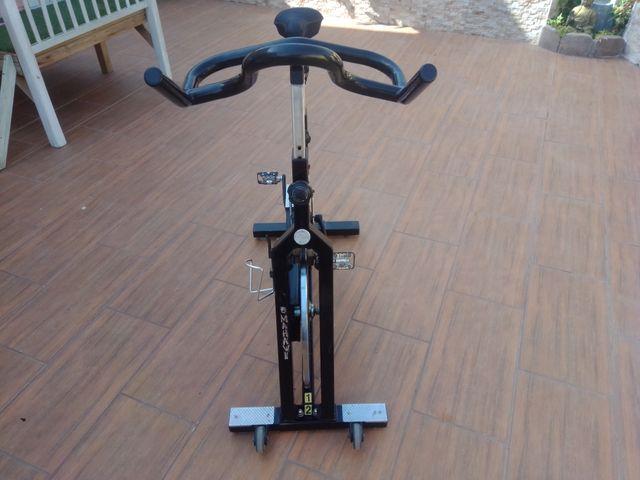 bicicleta profesional spinning tomahawk