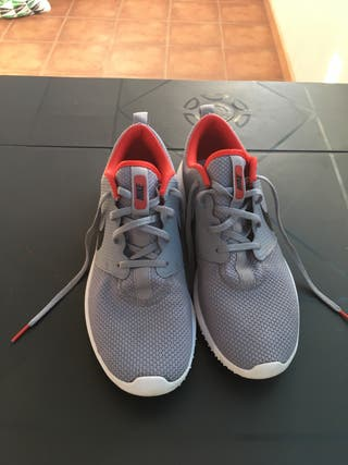 Zapatillas golf Nike roshe G ....talla 42