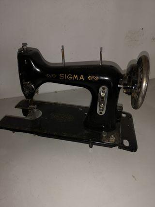 Sigma máquina de coser antigua.