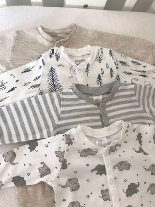 Lote de 4 pijamas de bebé 1-2 meses